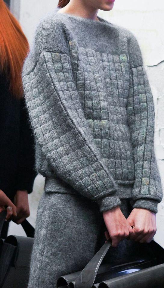 inspirations-fall-mood-grey-knit-sweater-theworldofbergere