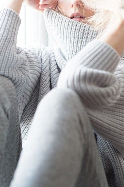 inspirations-fall-mood-grey-knit-sweater-winter-theworldofbergere