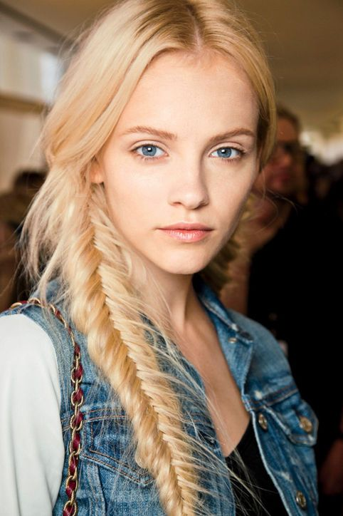 inspiration_hairstyle_fishtail_theworldofbergere
