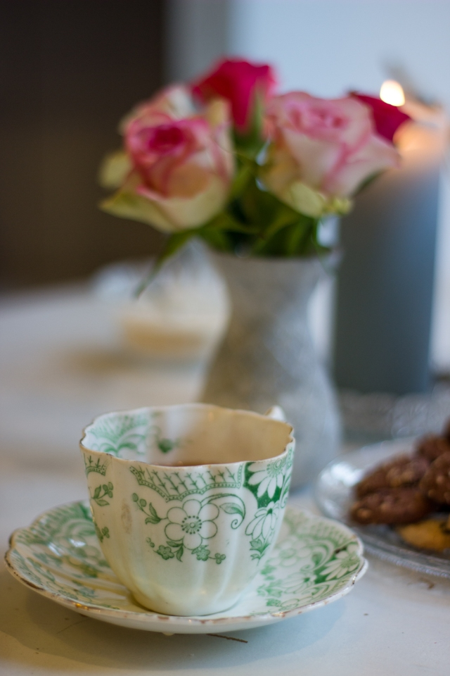 the-world-of-bergere-cup-tea-roses